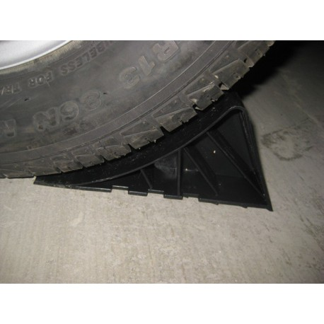 Calzo Plástico Negro con Soporte